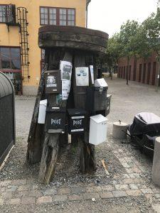 Geocache mailbox